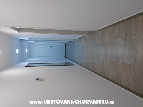 Apartmaji & rooms Brist - Gradac – Podaca Hrvaška