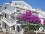 Apartments & rooms Brist Kroatien