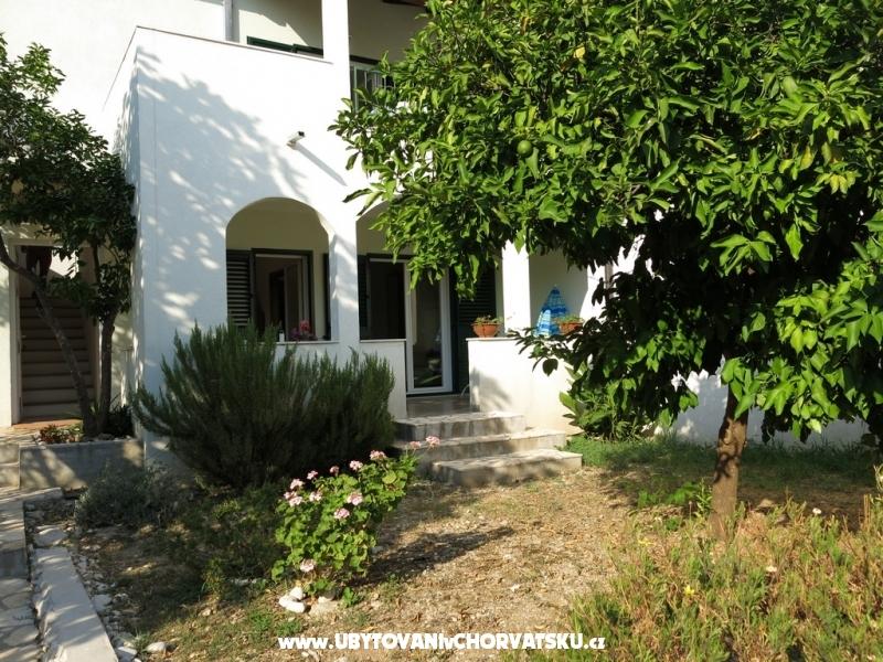 дом Diana Brist - Gradac � Podaca Хорватия