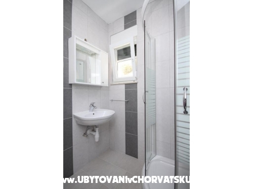 Apartmaji Vila Ivo - ostrov Hvar Hrvaška