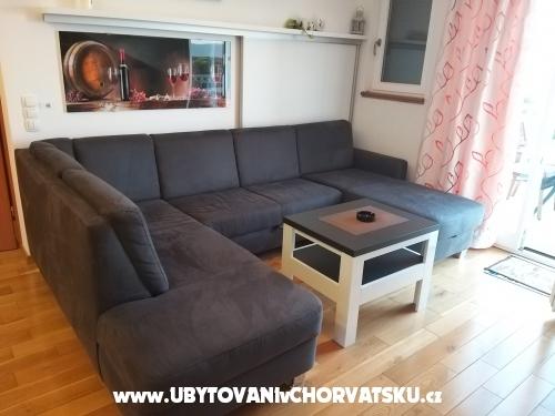 Apartmaji Martin Reljanović - ostrov Hvar Hrvaška