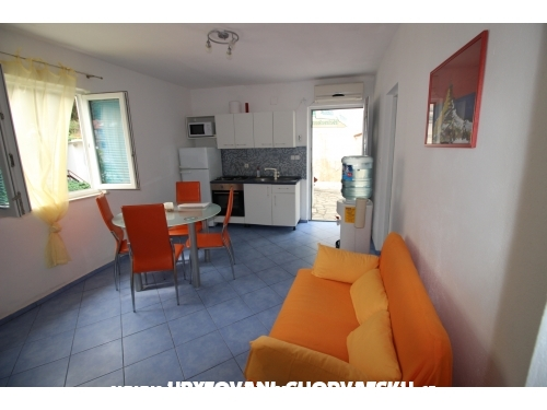 Apartments Roza - ostrov Hvar Croatia