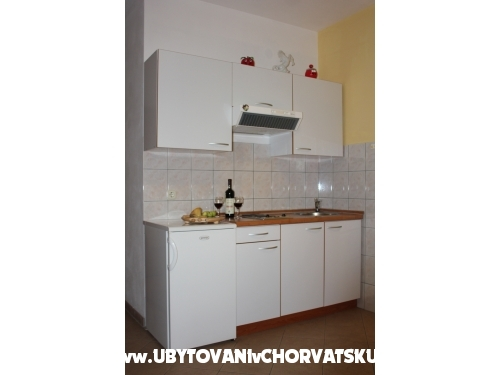 Apartmány  IDA - ostrov Hvar Chorvatsko