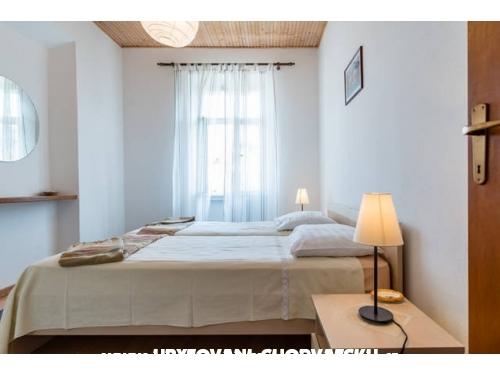 Apartmány Lazaneo - ostrov Hvar Chorvátsko