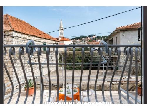 Apartmani Lazaneo - ostrov Hvar Hrvatska