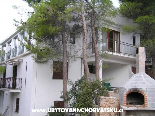 Apartmaji Villa Ypsilon - ostrov Hvar Hrvaška