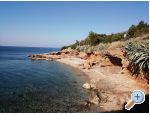 K�h�zban za odmor Ostoji� - ostrov Hvar Horv�torsz�g