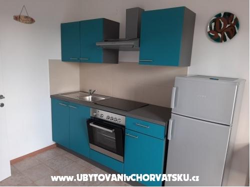 Tigrich apartmani - ostrov Hvar Horvátország