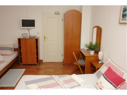 Sobe i apartmani - Vila Irming - ostrov Hvar Hrvaška
