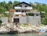 Vila Marija - Uvala Prapotna, otok Hvar, Hrvaška