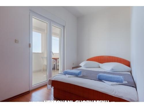 Apartmaji Panorama - Igrane Hrvaška