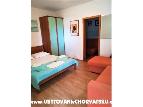 Apartments Sanda - Igrane Croatia