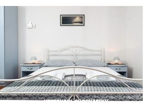 Apartmaji Šodan - Igrane Hrvaška