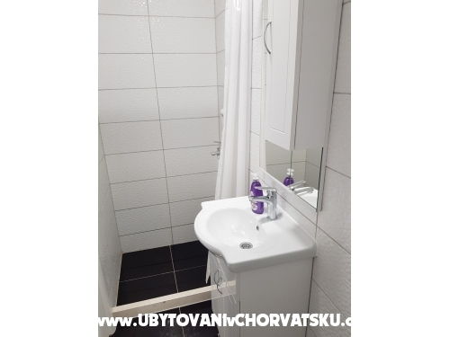 Apartmány IRENA Šušak - Igrane Chorvatsko