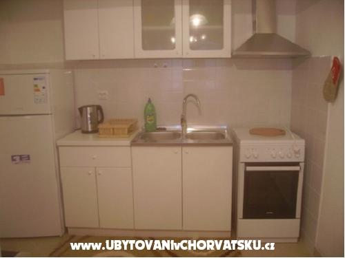 Apartmaji Riva - Igrane Hrvaška