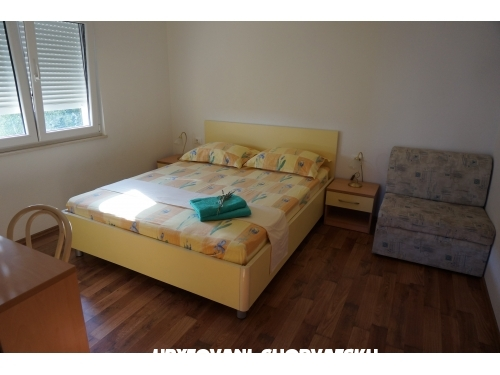 Apartments Vedrana - Igrane Croatia