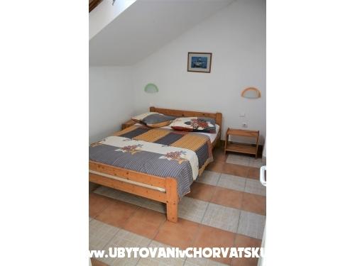 Adria Maja - Drace & Trstenik Хорватия