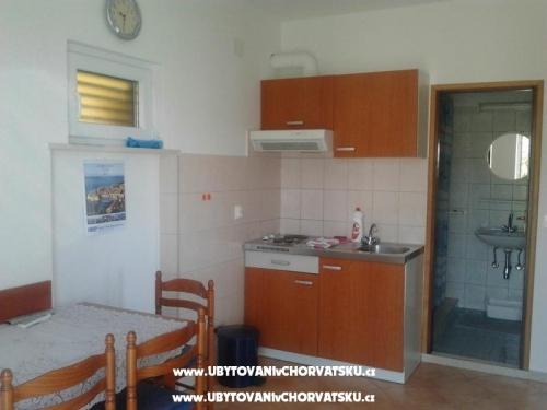 Apartm�ny Mirjana - Drace & Trstenik Chorvatsko