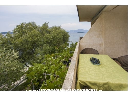 Apartmány Ivomir Malo more - Drace & Trstenik Chorvatsko