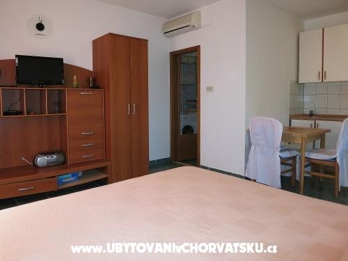 Apartmány MAK - Drace & Trstenik Chorvátsko
