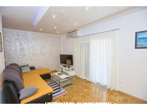 Apartments Marijana - Karlobag Croatia