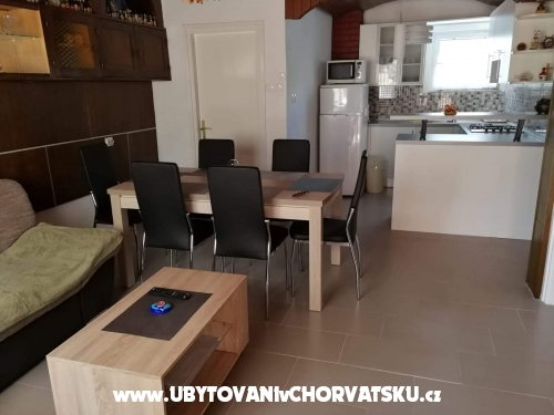 Appartements Matek - Karlobag Croatie