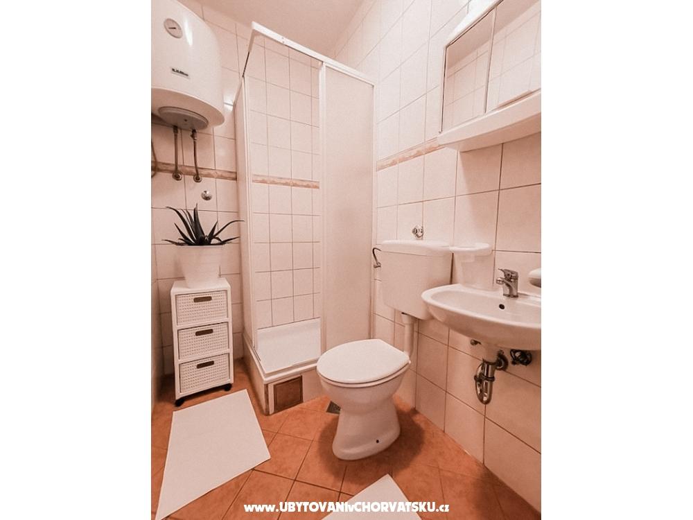Apartmanok Rukelj - Karlobag Horvátország