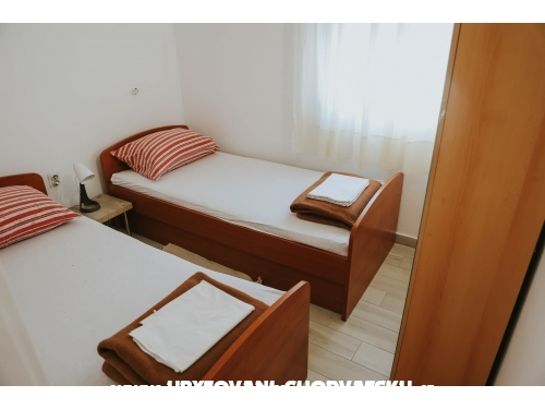 Apartmanok Sofija - Karlobag Horvátország