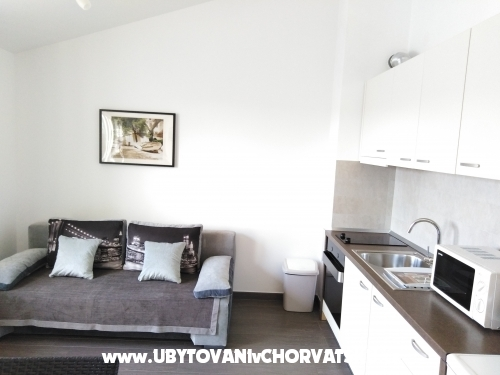 Apartments Villa Luce - Karlobag Croatia