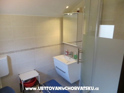 Appartements Gracijela - Karlobag Croatie