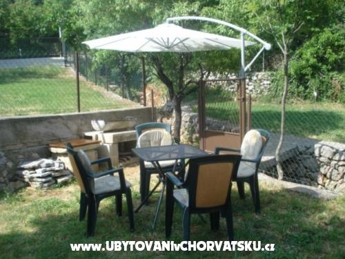 Apartm�ny Gracijela - Karlobag Chorvatsko