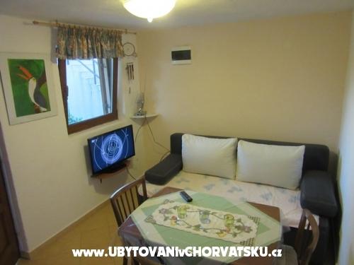 Appartamenti Gracijela - Karlobag Croazia