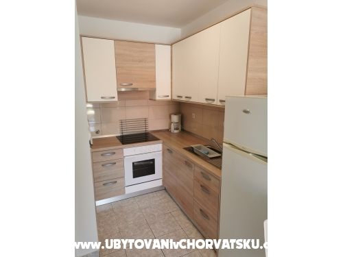 Apartmány Anita with heated pool - Karlobag Chorvatsko