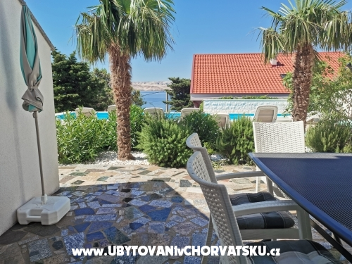 Apartmani Anita with heated pool - Karlobag Hrvatska