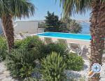 Apartments Anita with heated pool Kroatien