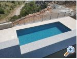 Beachfront Ferienwohnungen mit Pool - Karlobag Kroatien