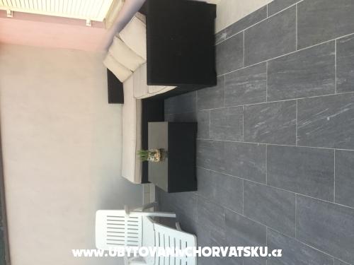 Cesarica Stars - Karlobag Chorvatsko
