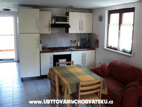 Villa Liza - Karlobag Horvátország