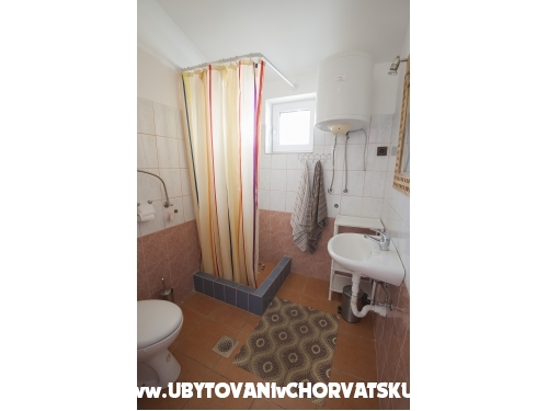 Villa Liza - Karlobag Hrvatska