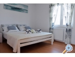 Apartment Adrijana - Kaštela Kroatien