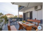 Apartment Kurba�a - Ka�tela Croatia