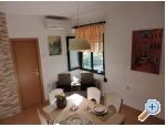 Apartment Lucija - Kaštela Kroatien