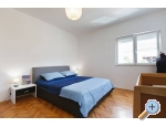 Apartment Sempervivum - Kaštela Kroatien