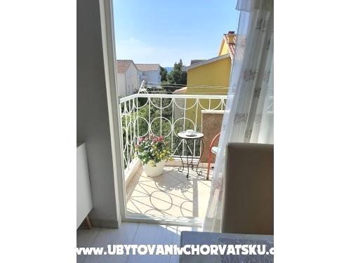 Apartmanok Hrga - Kaštela Horvátország