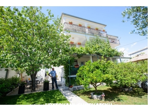Apartments Milica - Ka�tela Croatia