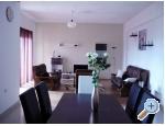 Appartements Vujić - Kaštela Kroatien