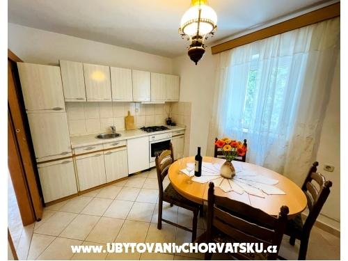 Apartma Kod Marice - Kaštela Hrvaška