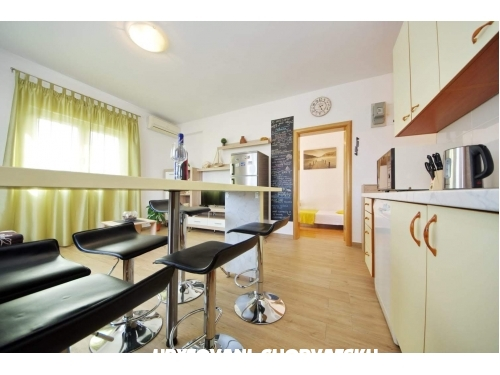Apartm�ny Have Fun In Croatia - Ka�tela Chorvatsko