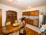 Apartmanok Lile - Kaštela Horvátország