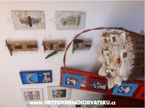 Appartamenti Vito - Ka�tela Croazia